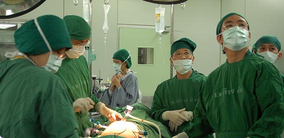 Welcome   Siriraj Urological Robotic Surgery Center